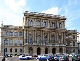 Budapest_Hungarian_Academy_of_Sciences.111353.jpg